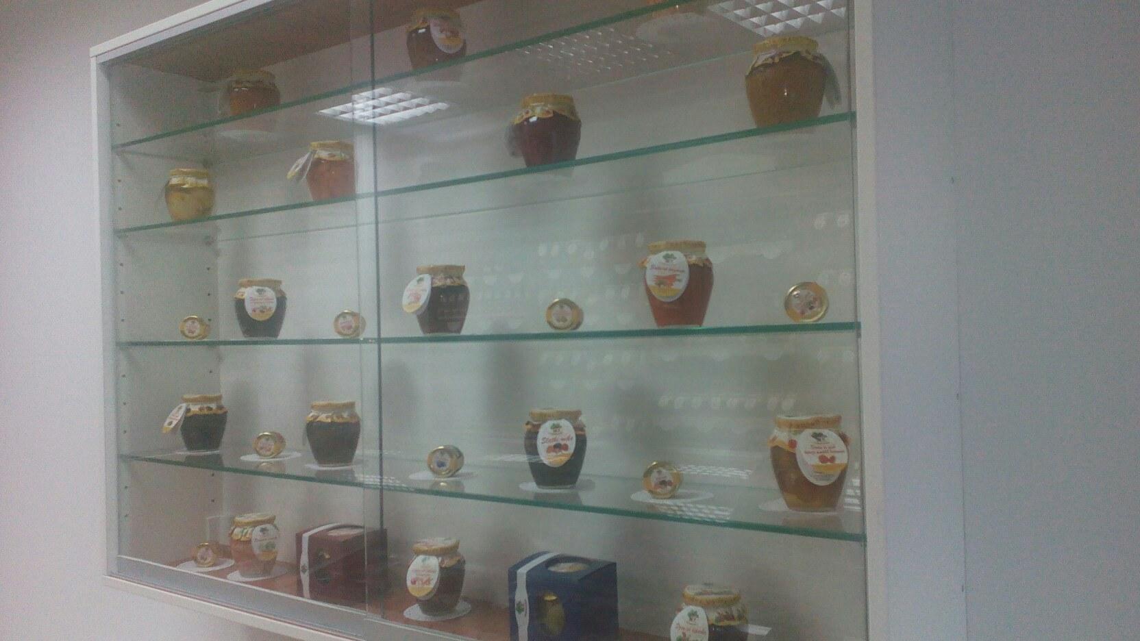 """""""Varošanka"""", Otvorena prodavnica domaćih zlatarsko-zlatiborskih proizvoda """"Varošanka"""", Gradski Magazin"""