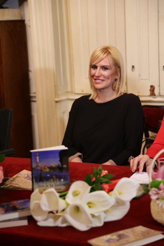 "Sve je to ljubav, ""Sve je to ljubav"": Održana promocija knjige Božice Velousis, Gradski Magazin"