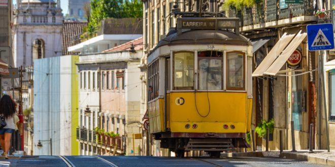 Grad očaravajućih boja i zlatne plaže, Gradski Magazin