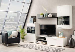 Moderan dom uz dinamičnu crno-belu kombinaciju, Gradski Magazin
